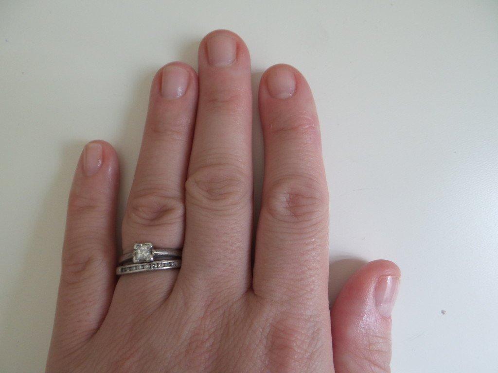 Stopping biting nails